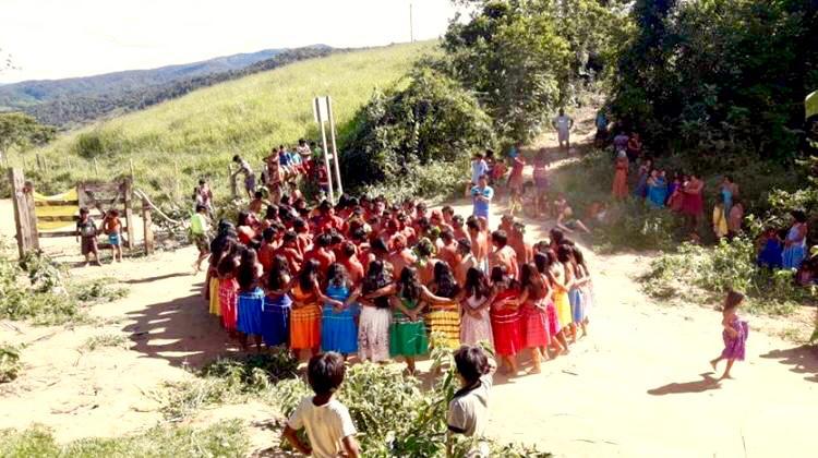 Em defesa dos Povos Indígenas e comunidades tradicionais